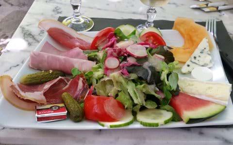 Classic duck salad