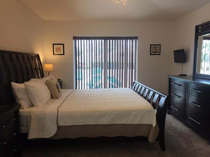 And Relax! - Master Bedroom with Super King Bed & Ensuite