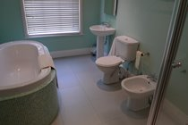 Family bathroom (1st Floor):  Separate bath, shower cubicle with thermostatic shower, washbasin, wc and bidet