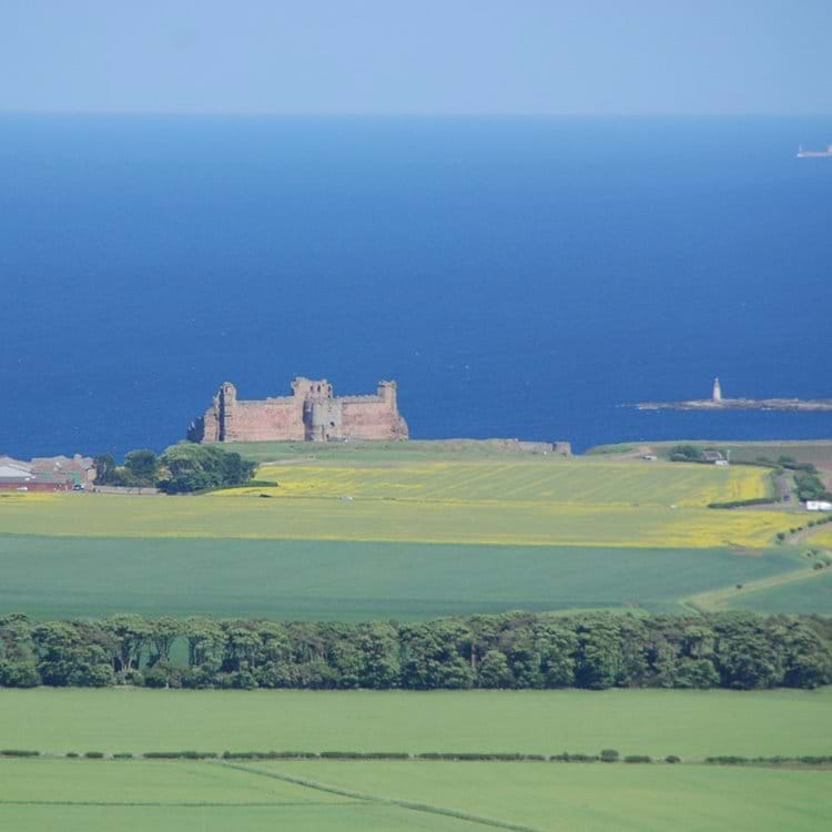 Tantallon Castle from the Law