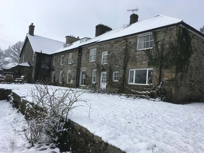 photo showing Eisteddfa Country House large group and family self catering Criccieth