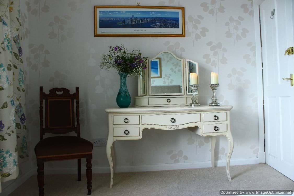 Bedroom 1 dressing table