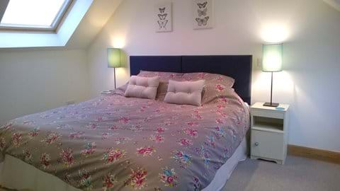 2nd bedroom -can be made into twin beds if required