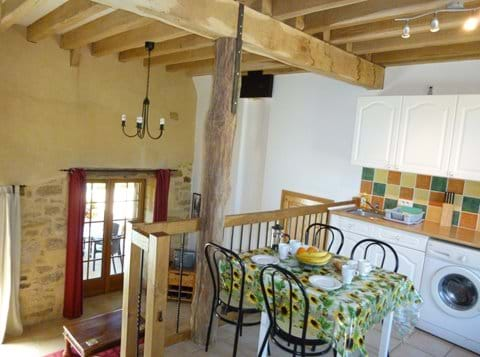 gites for self catering near sarlat in dordogne