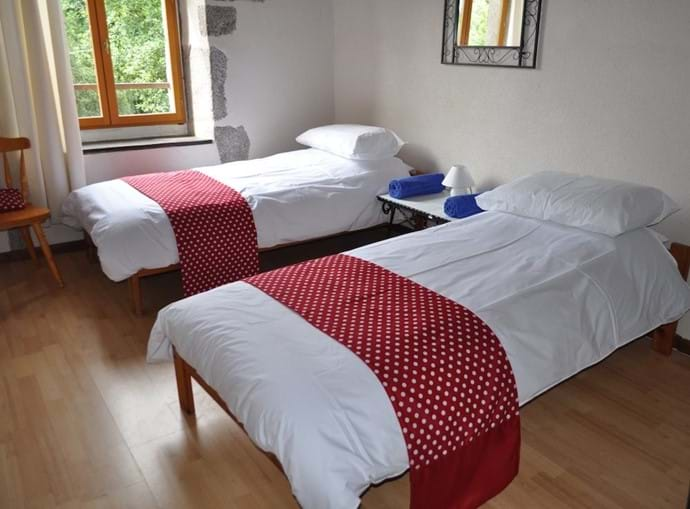 Twin bedroom in La Moulin