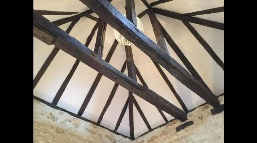 Vaulted ceiling in bedroom 2