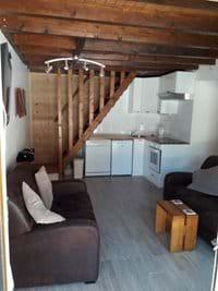 Living room / Kitchenette