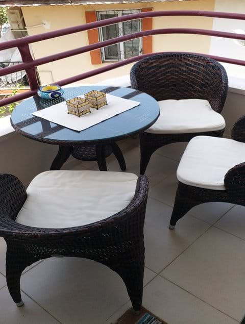 Out side seating area