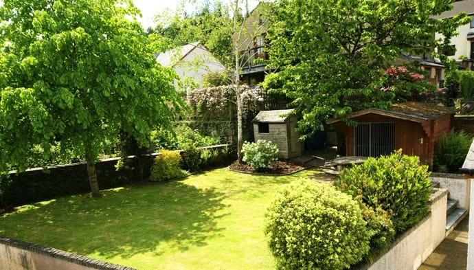 riverside cottage garden