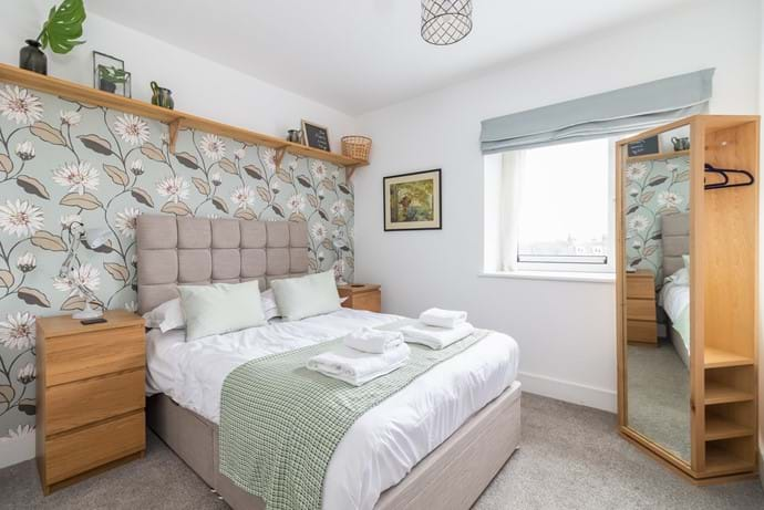 York holiday rental bedroom