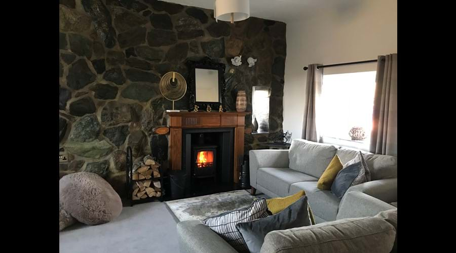 Lounge with multifuel stove