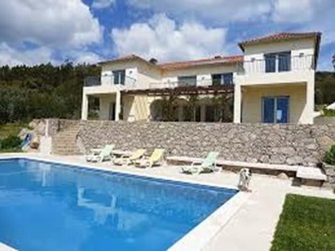 Nice villa with pool