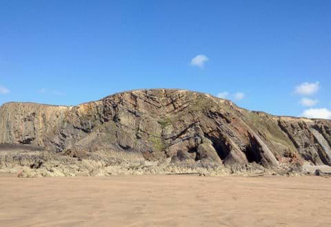 Sandymouth when the tide is out