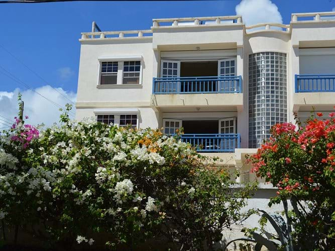 Seawards rental property is a modern luxury building
