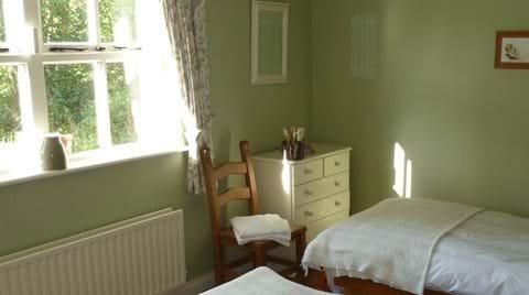Beautiful Bedrooms - The Green Room (Twin)