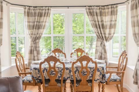 Dining in the bay window with Peaceful views, sunsets and wildlife
