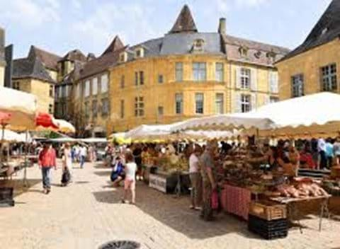 Sarlat market is a great experience and one you must try