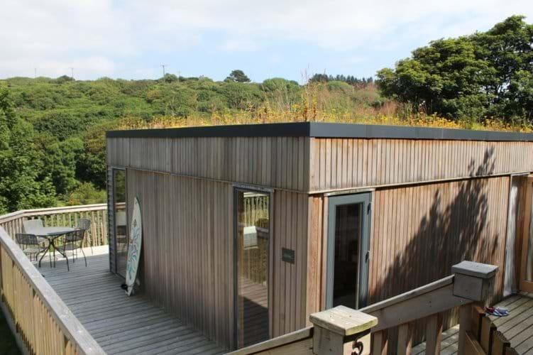 Eco lodge with sedum roof