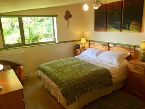 King/Twin zip-link bedroom