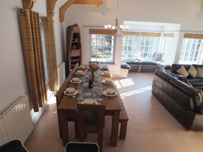 Dining area - seating for 10/12