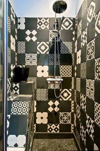 Shower room, Maison la Busaneth, Loubès Bernac, Aquitaine