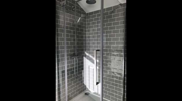 En-suite 3 - Walk-in Rainfall Shower