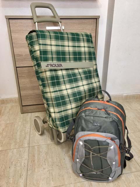 Holiday apartment - Shopping trolley and rucksack for easy shopping