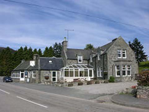 Pittentrail Inn