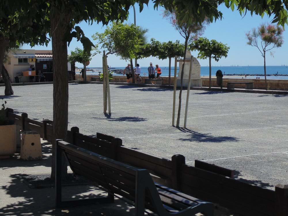 Boules by the sea