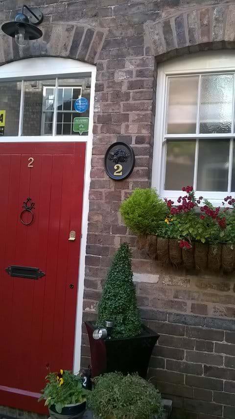 IRONBRIDGE VIEW TOWNHOUSE- LUXURY SELF CATERING