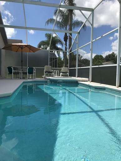 With Beautiful Private Pool & Spa