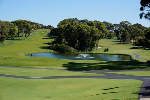 World class golf course only 10 minutes away