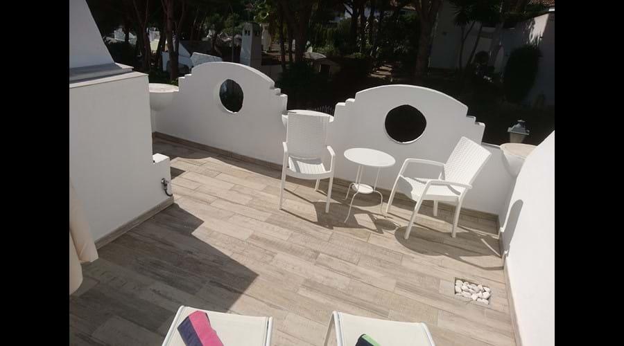 Upper sun terrace