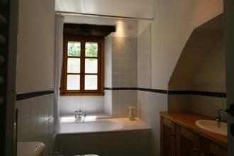 Villa Rustica 1st floor bathroom
