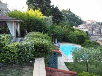Lounge, pool, village