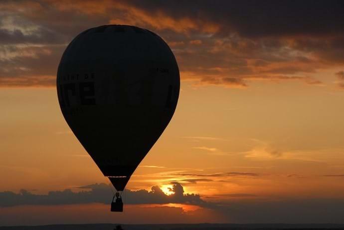Balloon ride at night Massignac