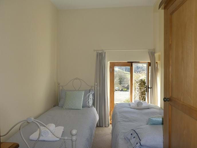 Single room set up as a small twin room. Ideal for children