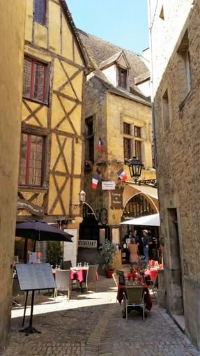Back streets of Sarlat
