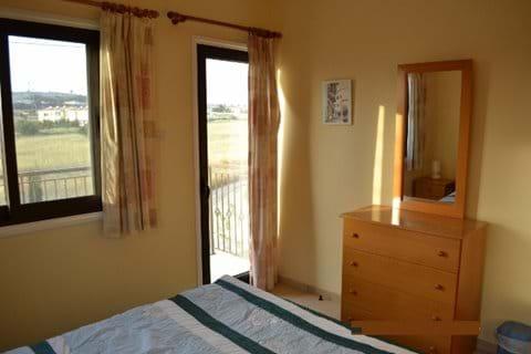 Bedroom 1 (Access to Balcony)
