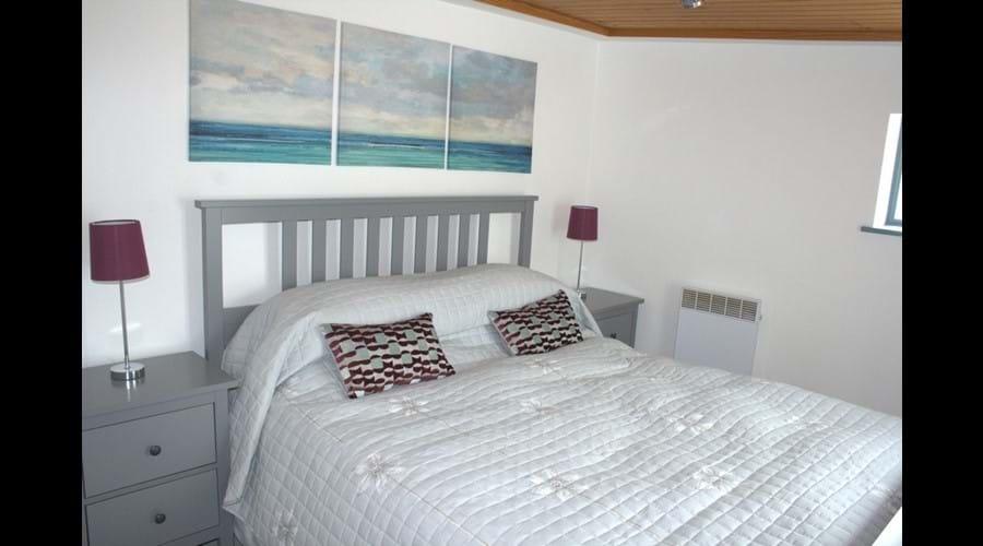 bedroom one - kingsize bed
