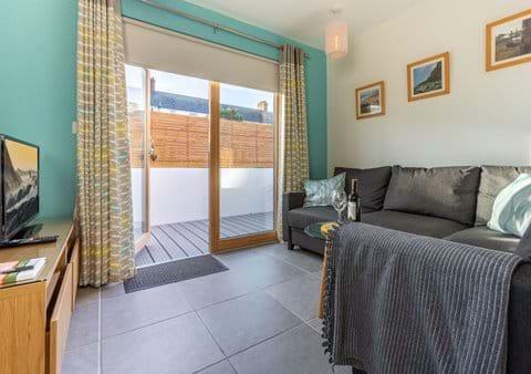 Indoor/outdoor space for alfresco dining or star gazing!