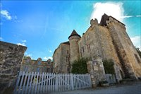 Chateaus to visit near by.