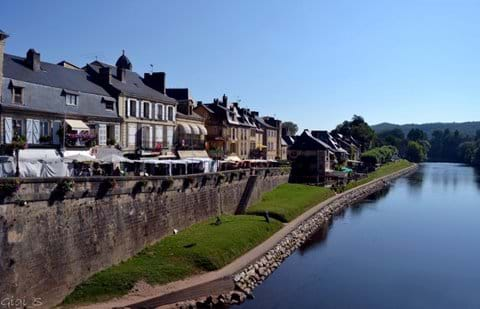 Montignac sits on the Vézère river - a beautiful setting