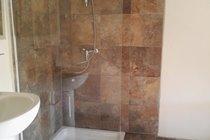en-suite shower to master bedroom