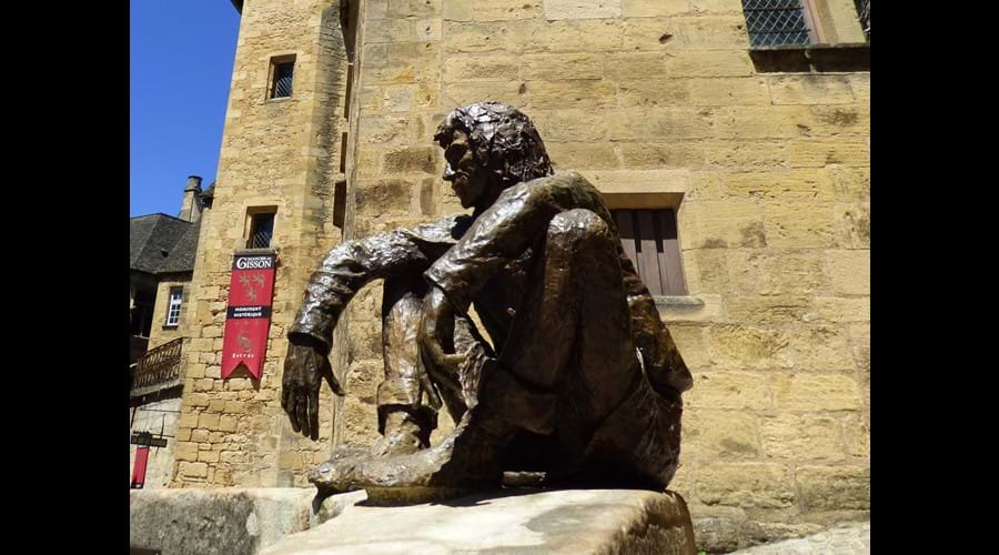 "Le Badaud de Sarlat - ""The Onlooker"" on Place Boisserie"