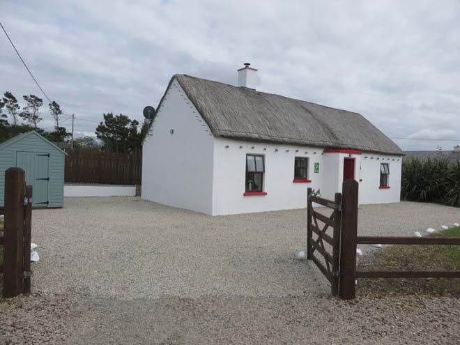 Off-road parking at Mullaghduff Thatched Cottage