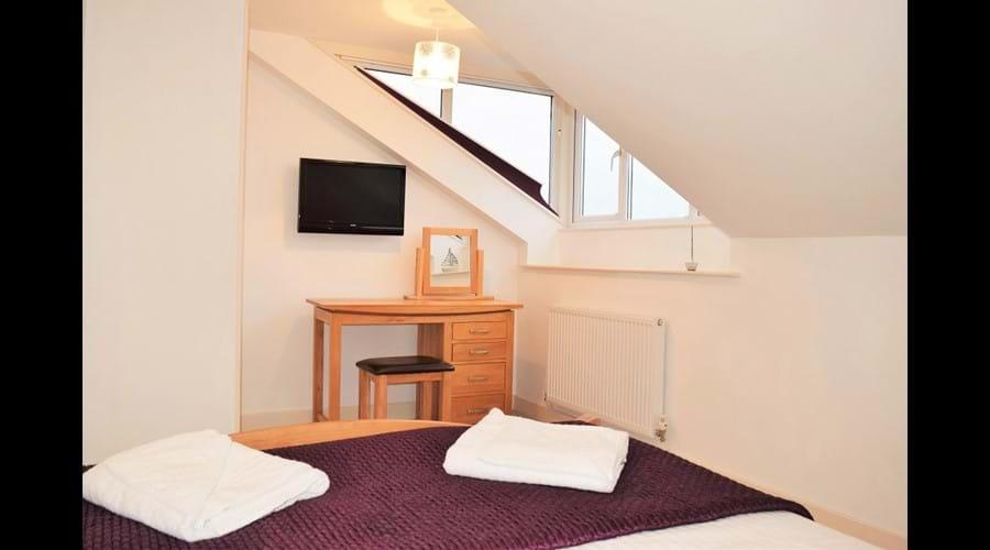 2nd floor king size bed room (Room C)