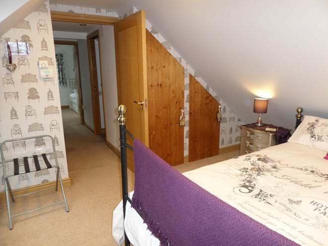 King Size Bedroom 1