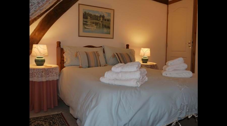 La Fermette - Main Bedroom