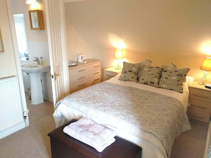 B&B 'sheep' room. A comfortable ensuite double